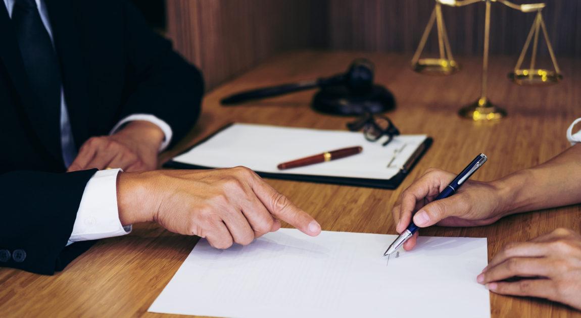 顧客と会議室
